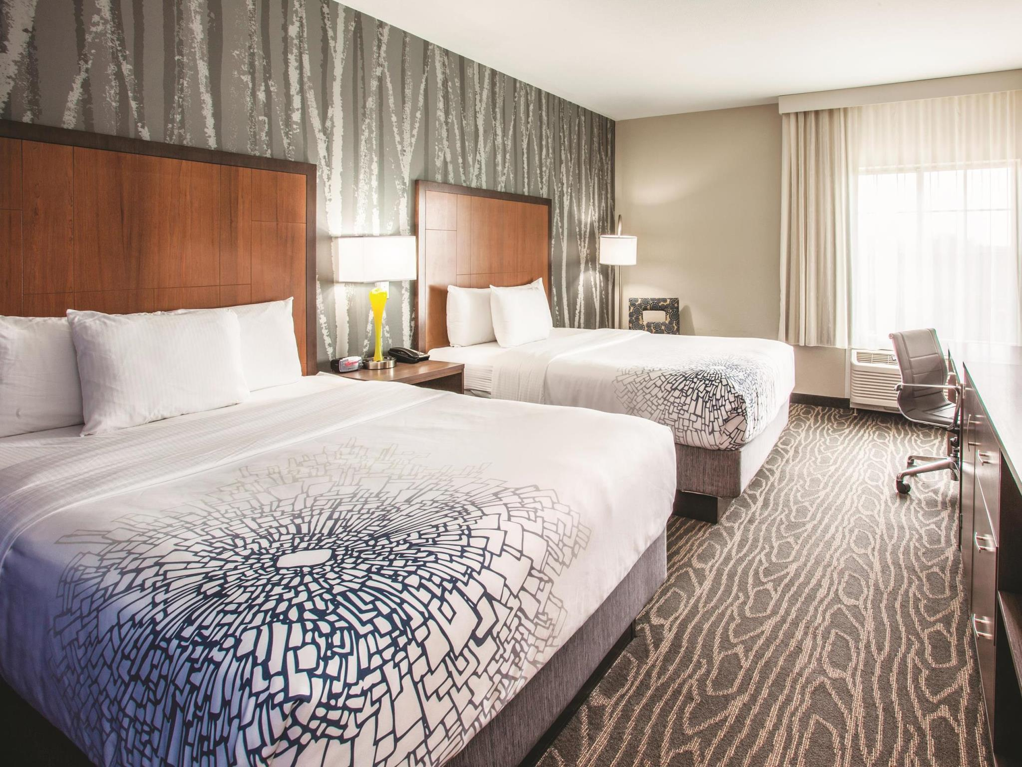 La Quinta Inn And Suites By Wyndham Duluth