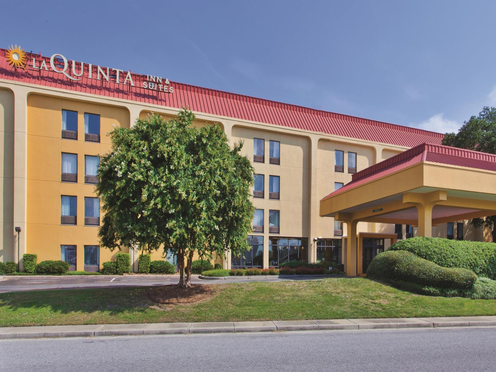 La Quinta Inn And Suites By Wyndham Charleston Riverview