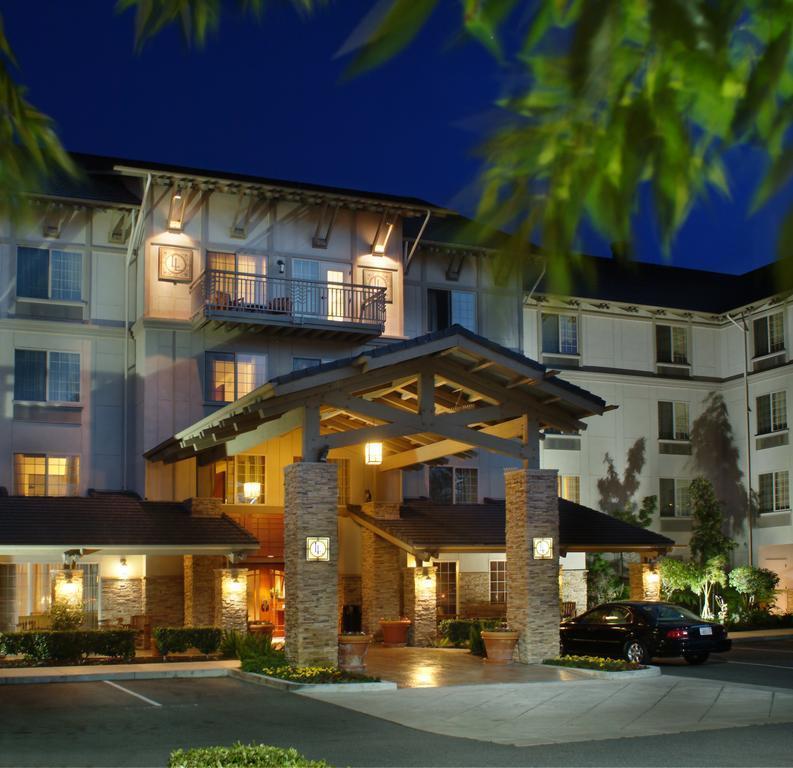 Larkspur Landing Roseville   An All Suite Hotel