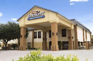 Фото отеля Baymont by Wyndham New Braunfels
