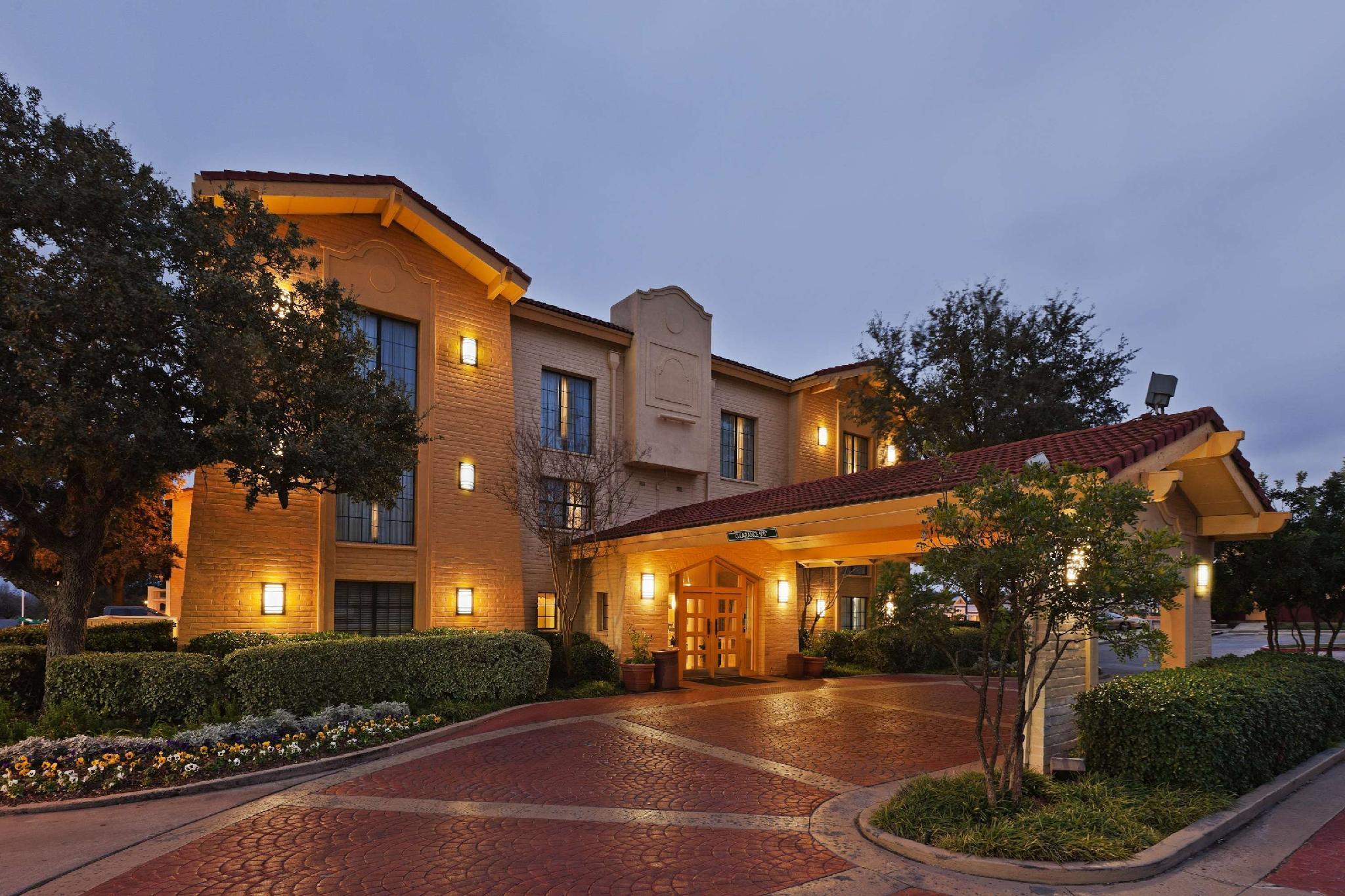 La Quinta Inn By Wyndham San Antonio I 35 N At Toepperwein
