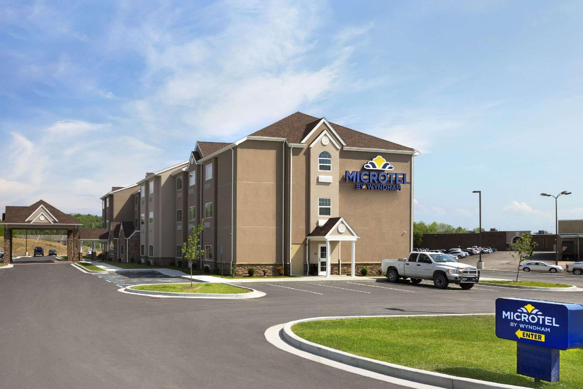 Microtel Inn And Suites By Wyndham Fairmont