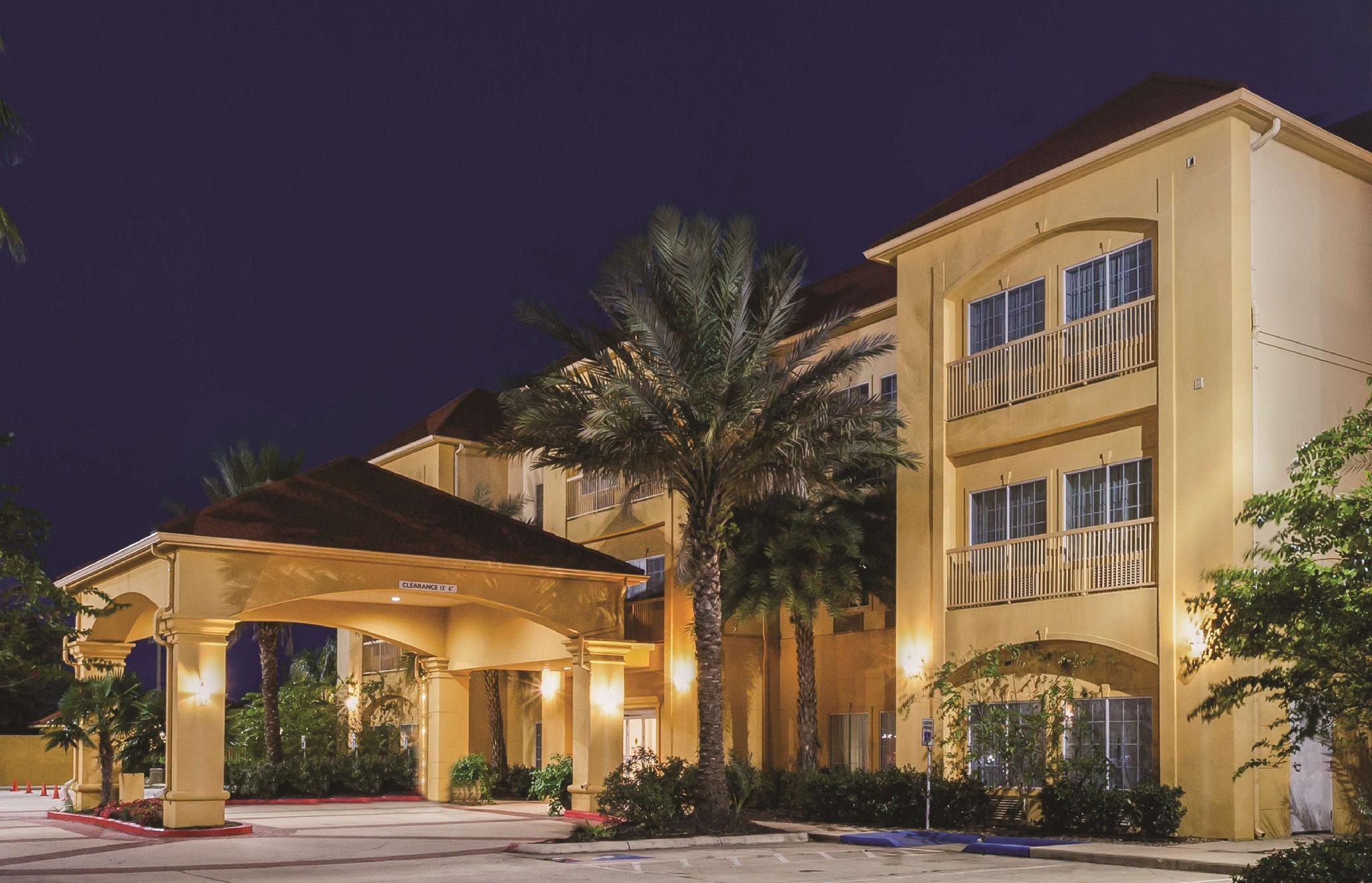 La Quinta Inn And Suites By Wyndham Winnie