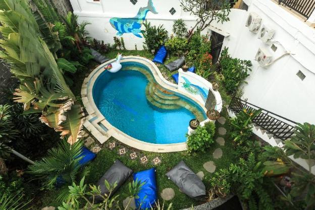 Hotel La Costa Central Seminyak