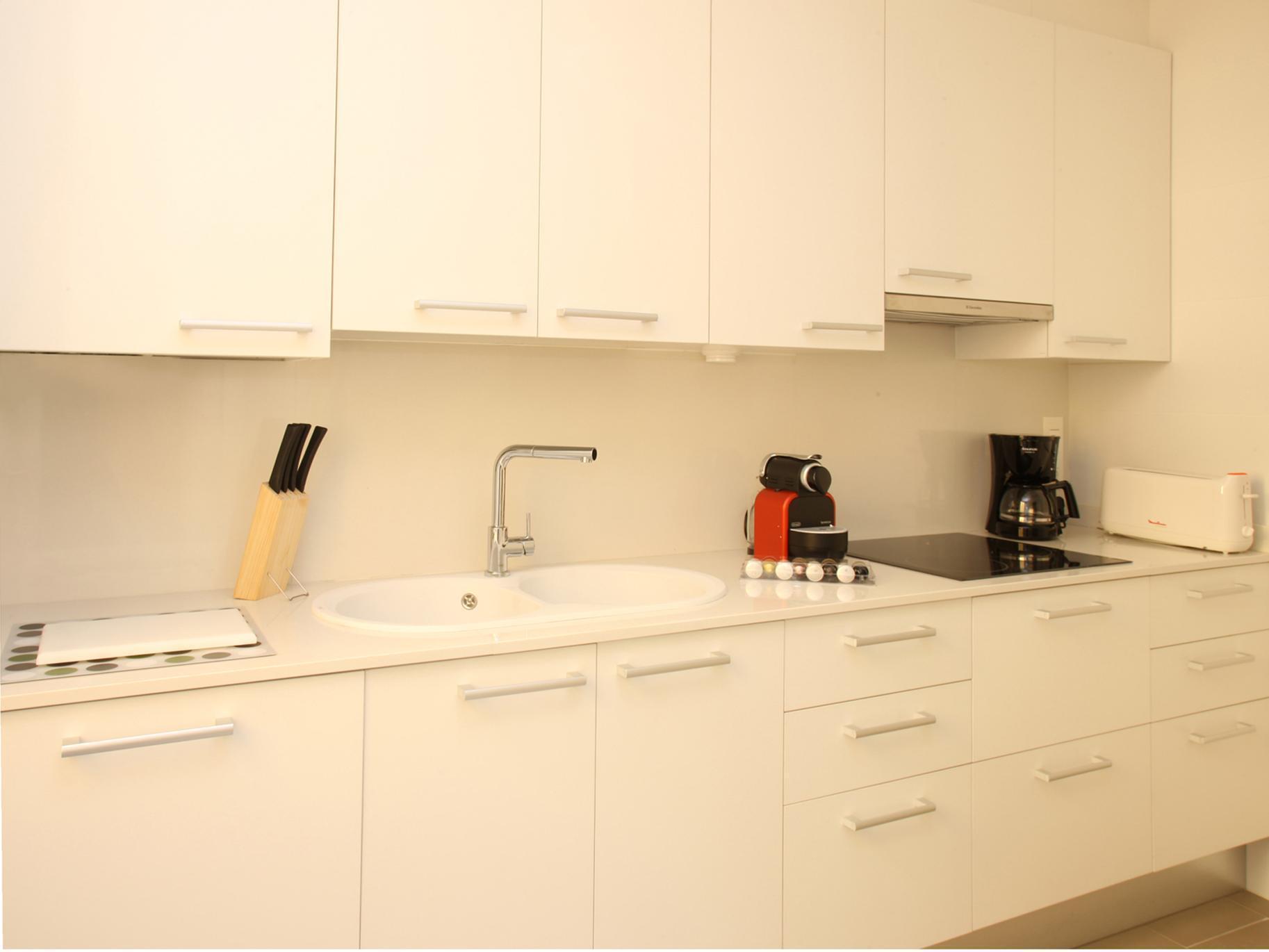 MH Apartments Suites 4
