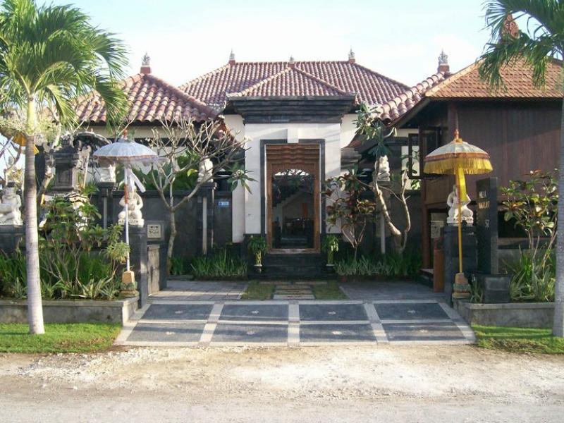 Naga Laut Villa