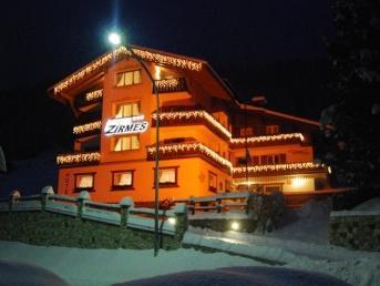 Hotel Zirmes
