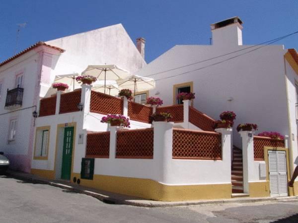 Casa Do Adro Da Igreja Turismo De Habitacao