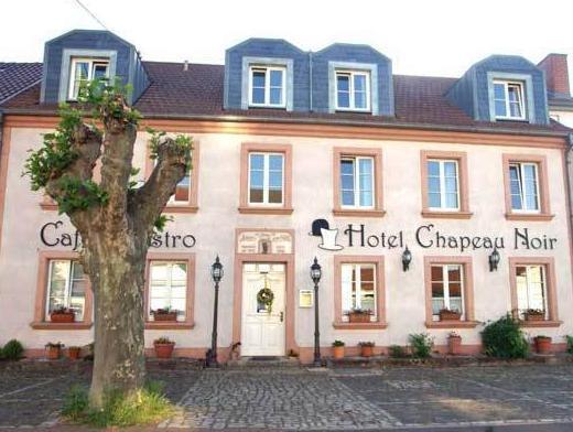 Design Hotel Chapeau Noir