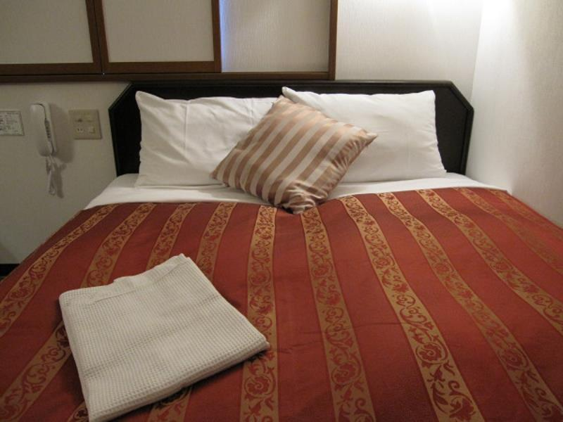 Small Double Bed With Breakfast - Non Smoking