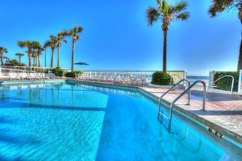 bahama house  daytona beach  fl  united states overview