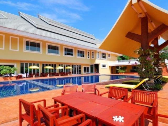 ภูผาผึ้ง รีสอร์ท – Phu Pha Phung Resort