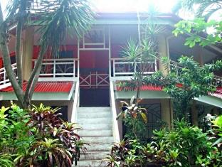 Boracay Shores Hotel