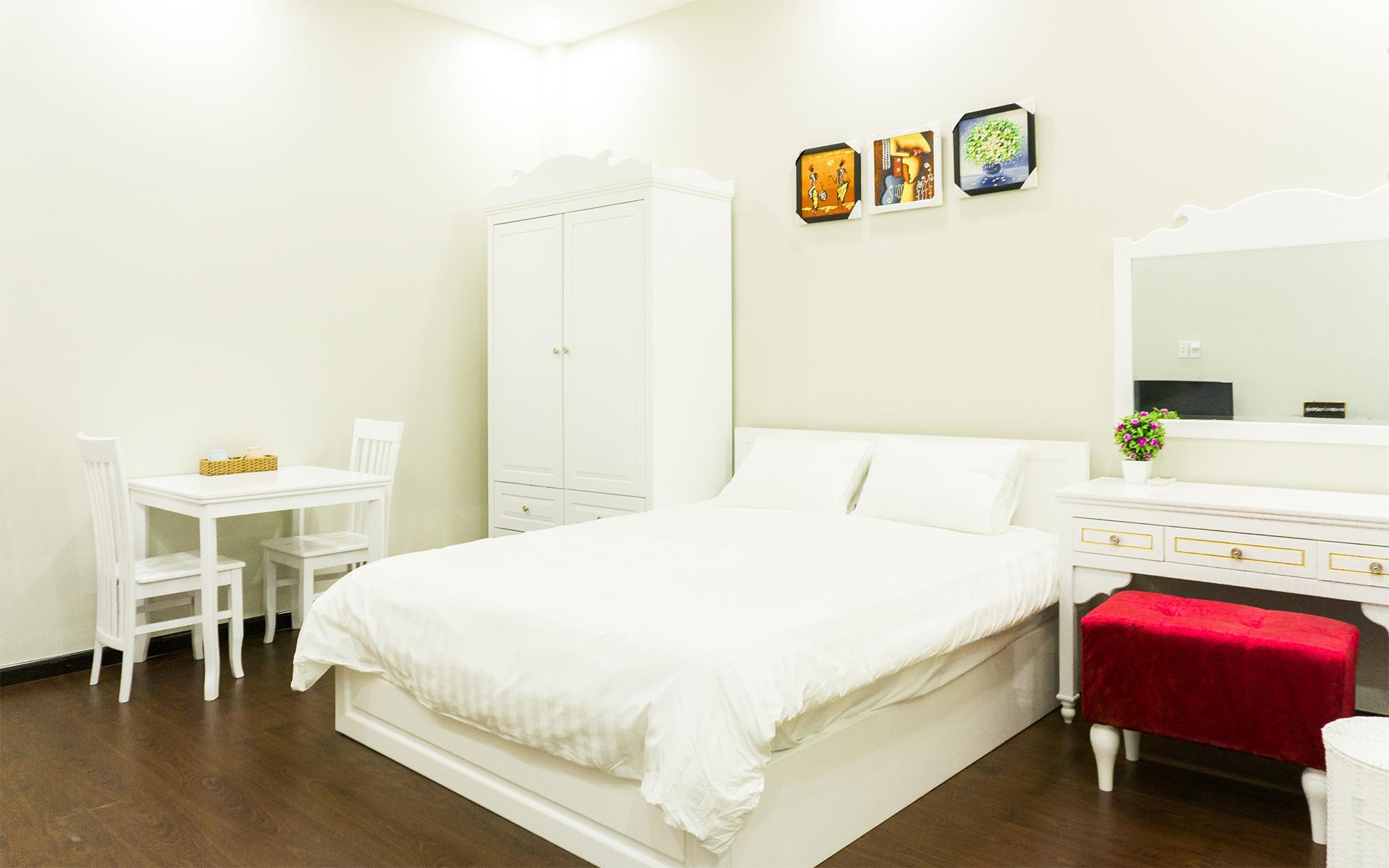 Qhome Saigon Nguyen Huu Canh Studio