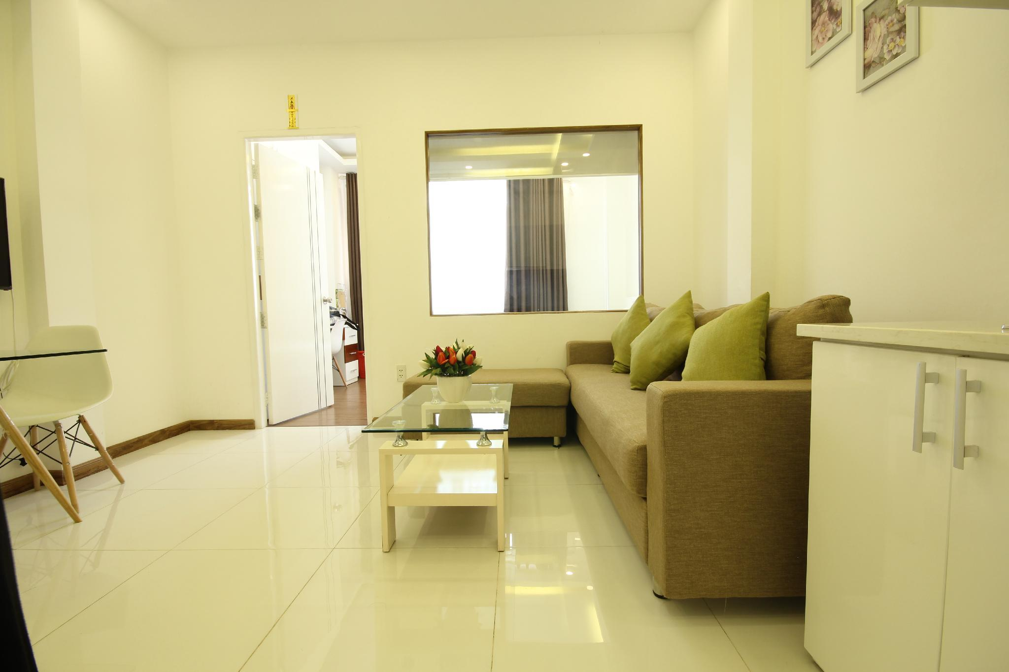 Smiley 7   A3 New 1BR Apartment Near District 5