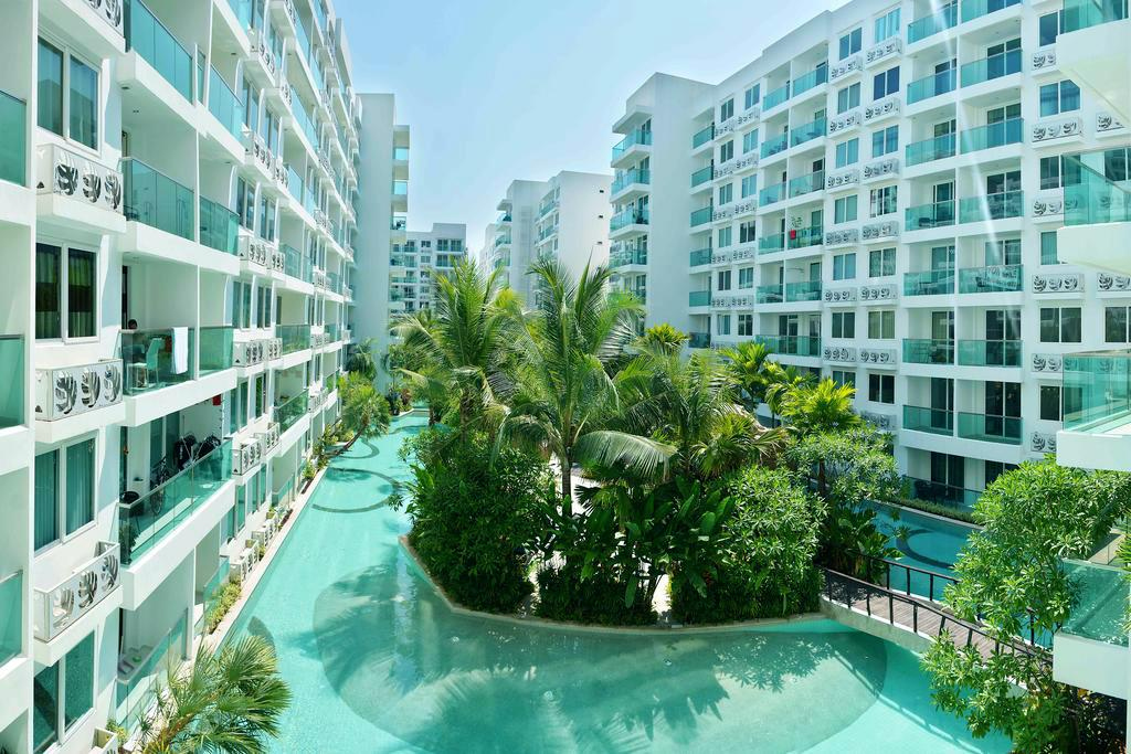 Amazon Residence Condo And Water Park Pattaya