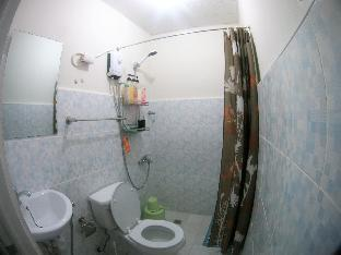 picture 4 of Sea View Full studio Unit  By   Cebu Rooms