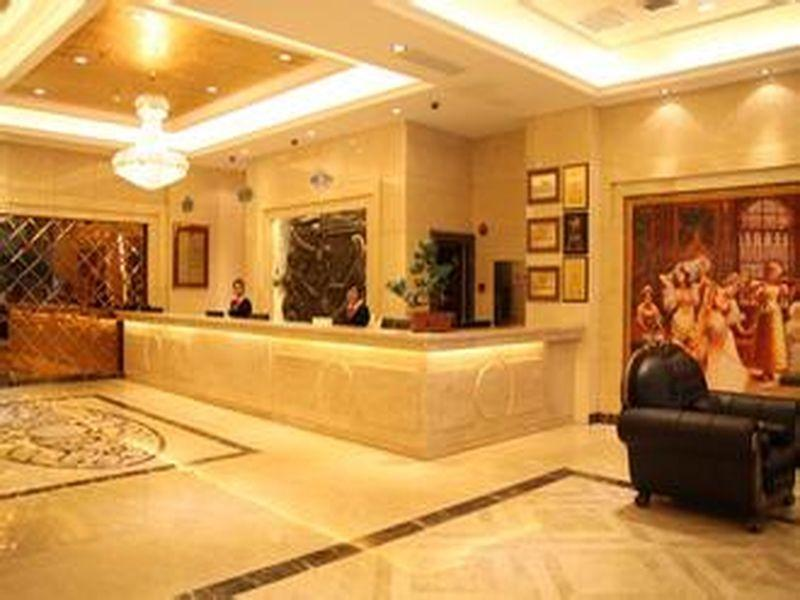 Review Vienna Hotel Shanghai South Railway Station SECEC Branch