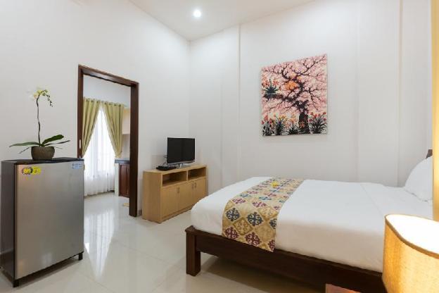 Kubal Bed and Living