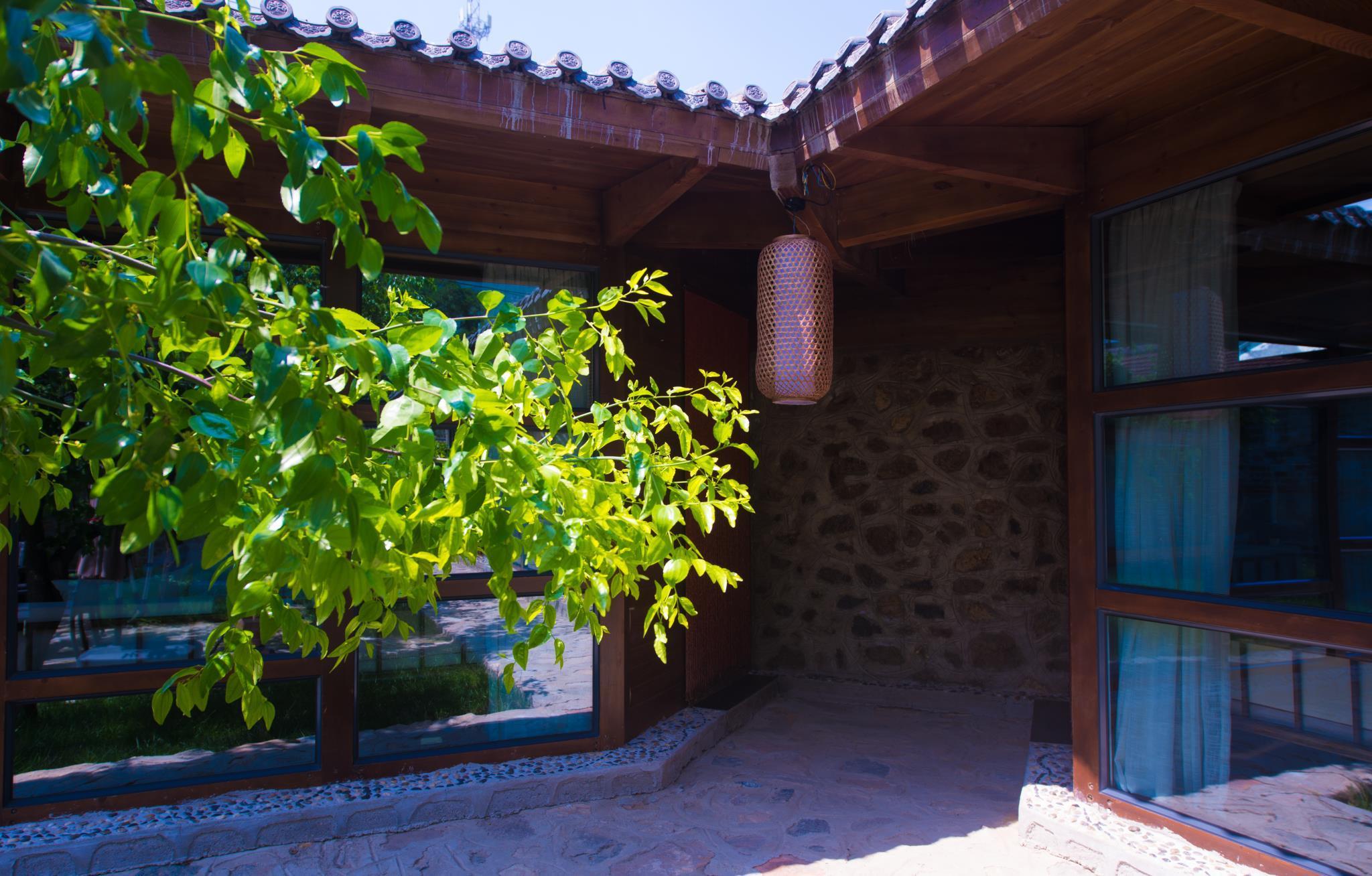 Beijing Badaling Stone Castle Country Hotel