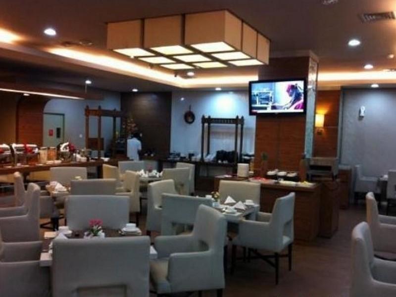 Hotel Matos picture