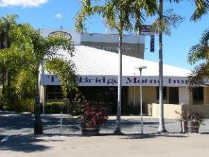 桥汽车酒店 (Bridge Motor Inn)