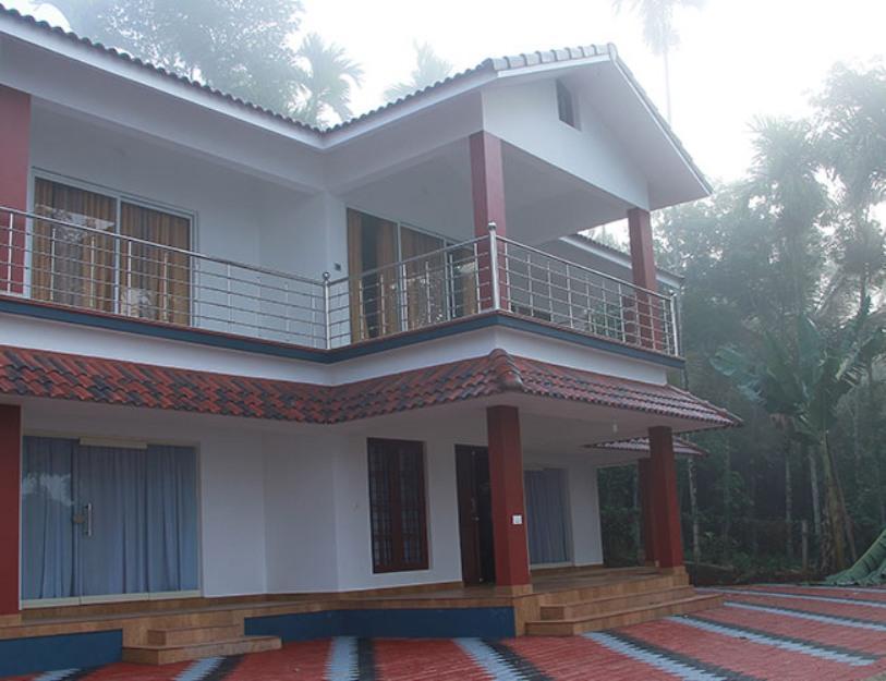 Misty Mornings Resort