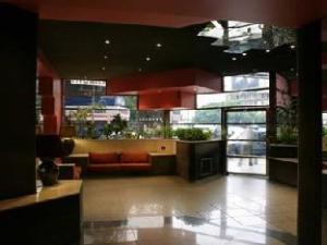 Obelisco Center Suites Hotel