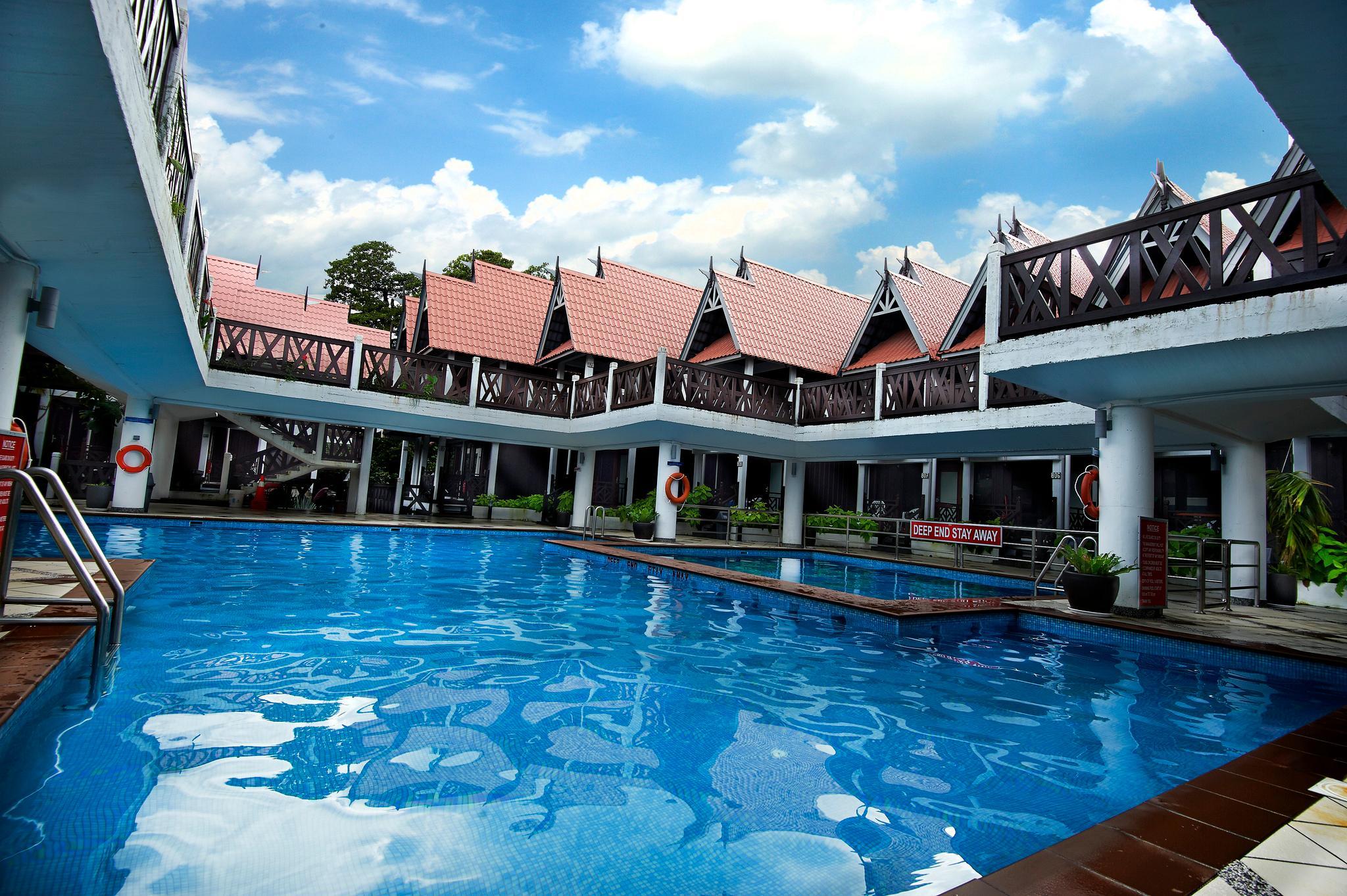 Standard Lodge@Paya Beach