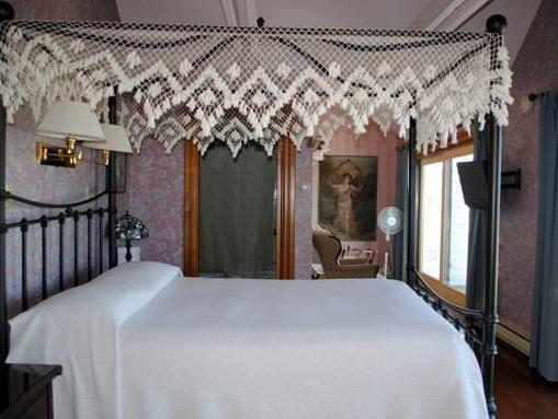 The 1661 Inn