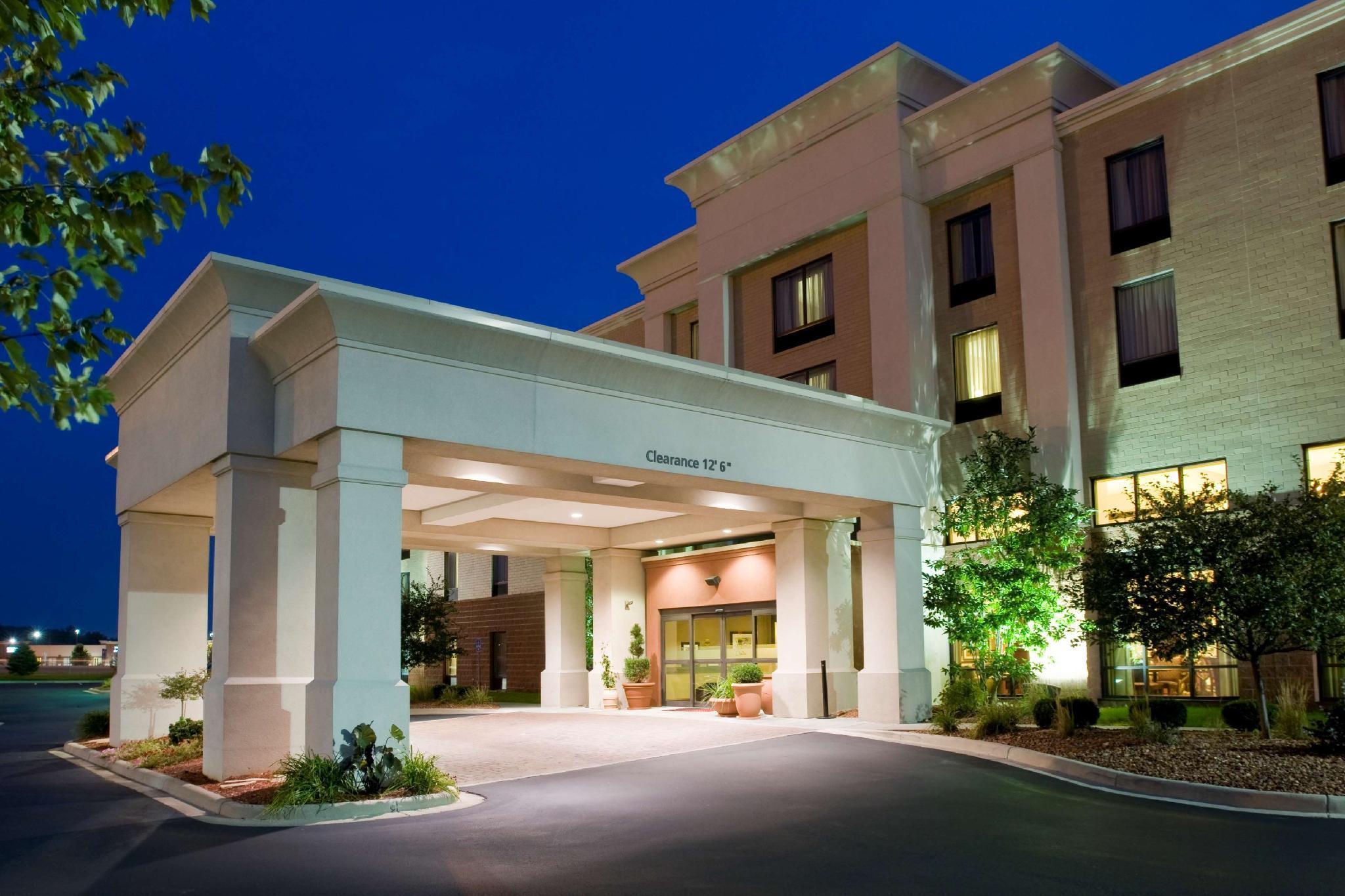 Hampton Inn And Suites Cincinnati Union Ctr