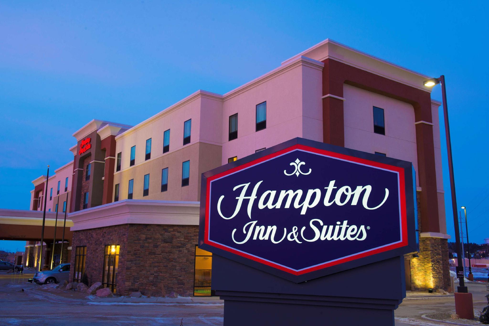 Hampton Inn And Suites Bismarck Northwest