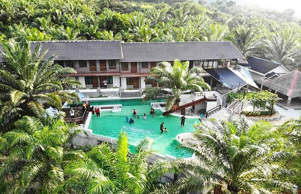 Embun Resort Lake Sahom