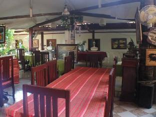 picture 1 of De Loro Inn and Restaurant
