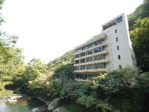 Tounosawa Quatre Saisons Hotel