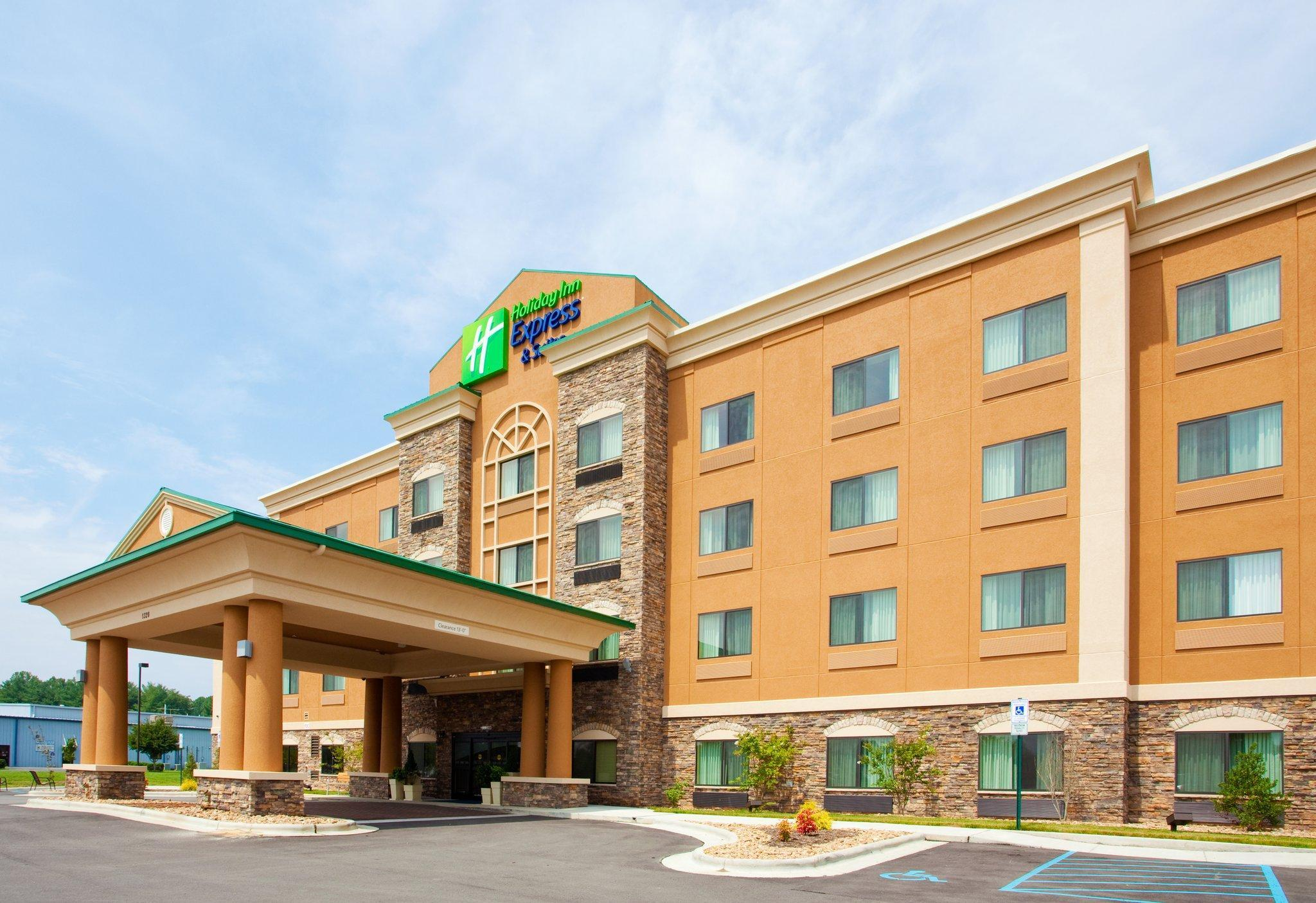 Holiday Inn Express Hotel And Suites Mount Airy