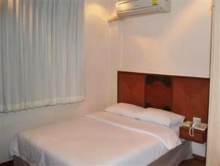 スリウオン ホテル Suriwongse Hotel
