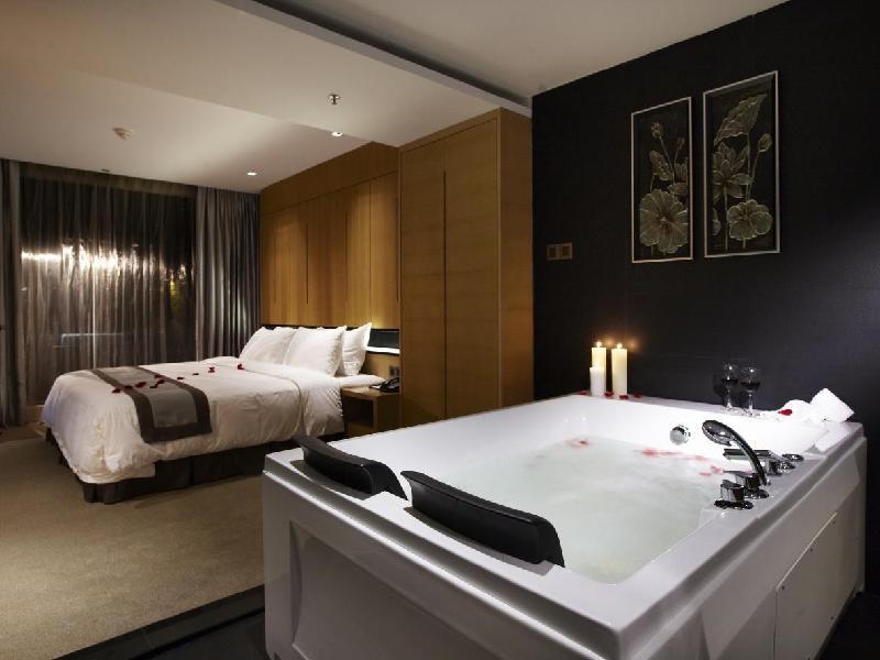 """""""Horizon Hotel Kota Kinabalu""""的图片搜索结果"""