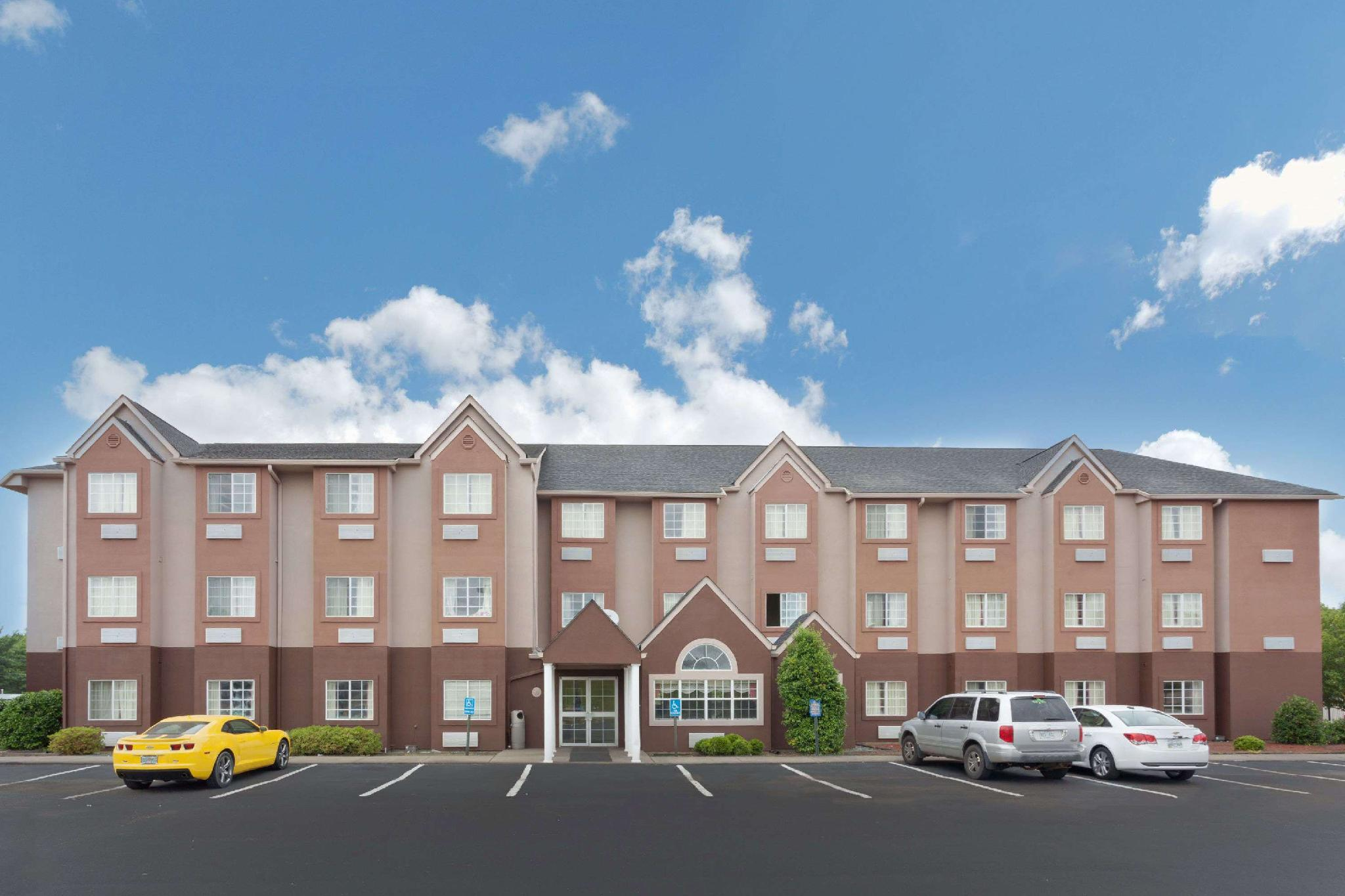 Microtel Inn And Suites By Wyndham Brandon