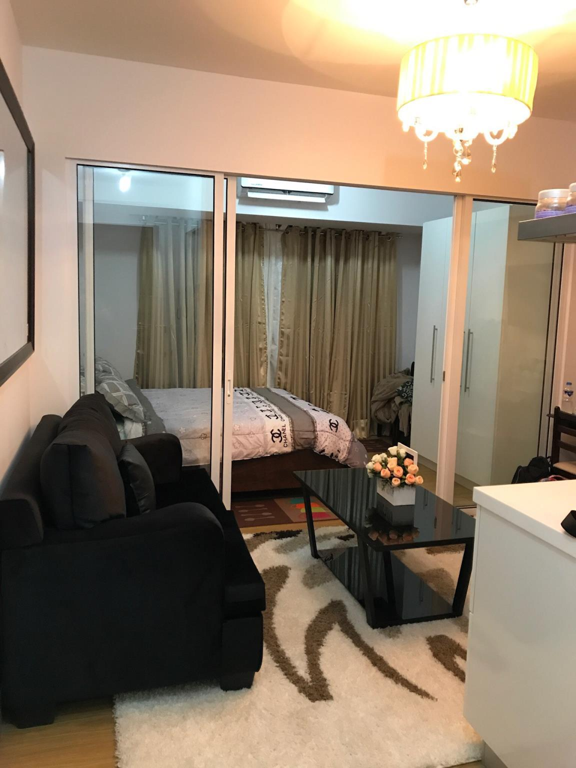 Elegant 1BR Acqua Private Residences Near Rockwell