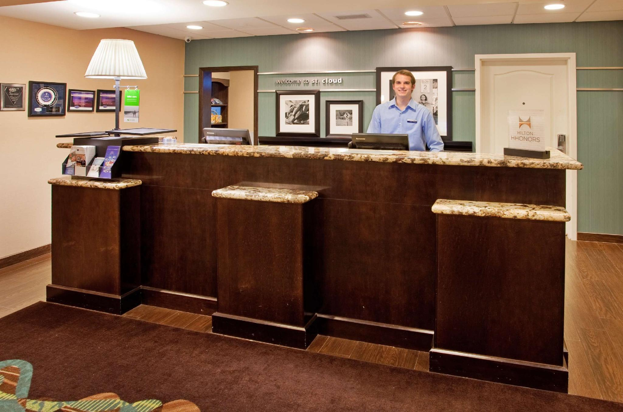 Hampton Inn And Suites St. Cloud