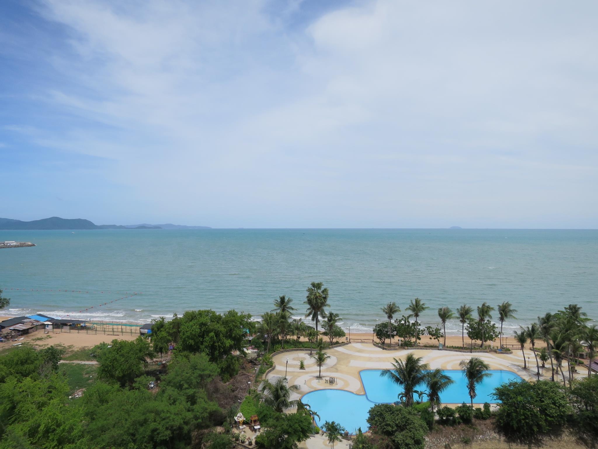 Sunshine Beach Condotel  King Studio Ocean View