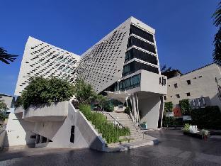 %name LIT BANGKOK Hotel กรุงเทพ