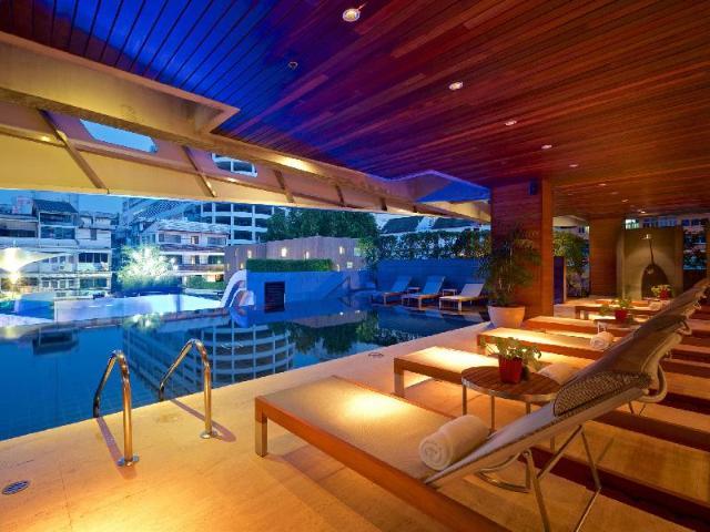 โรงแรมฤทธิ์ กรุงเทพฯ – LIT Bangkok Hotel