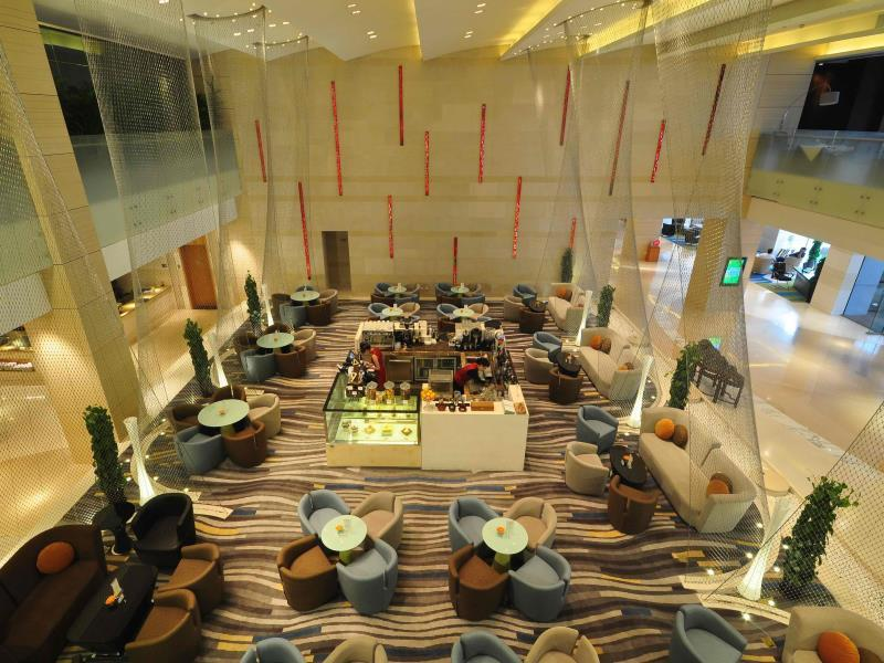 Review Holiday Inn Qingdao City Center