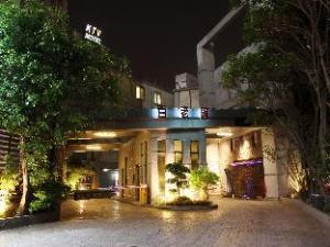 Broadway Motel - Zhongli