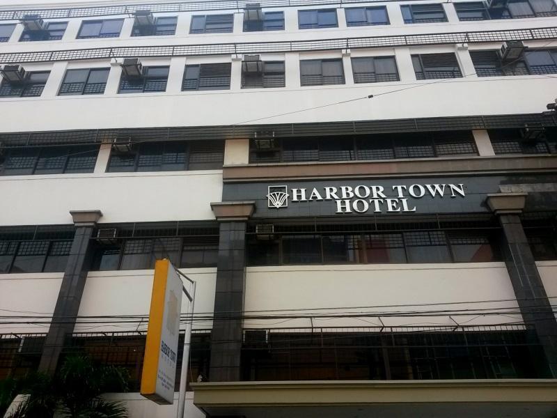 Harbor Town Hotel