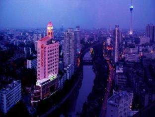 Chengdu Sunshine Hotel – Photos, Prices and Deals