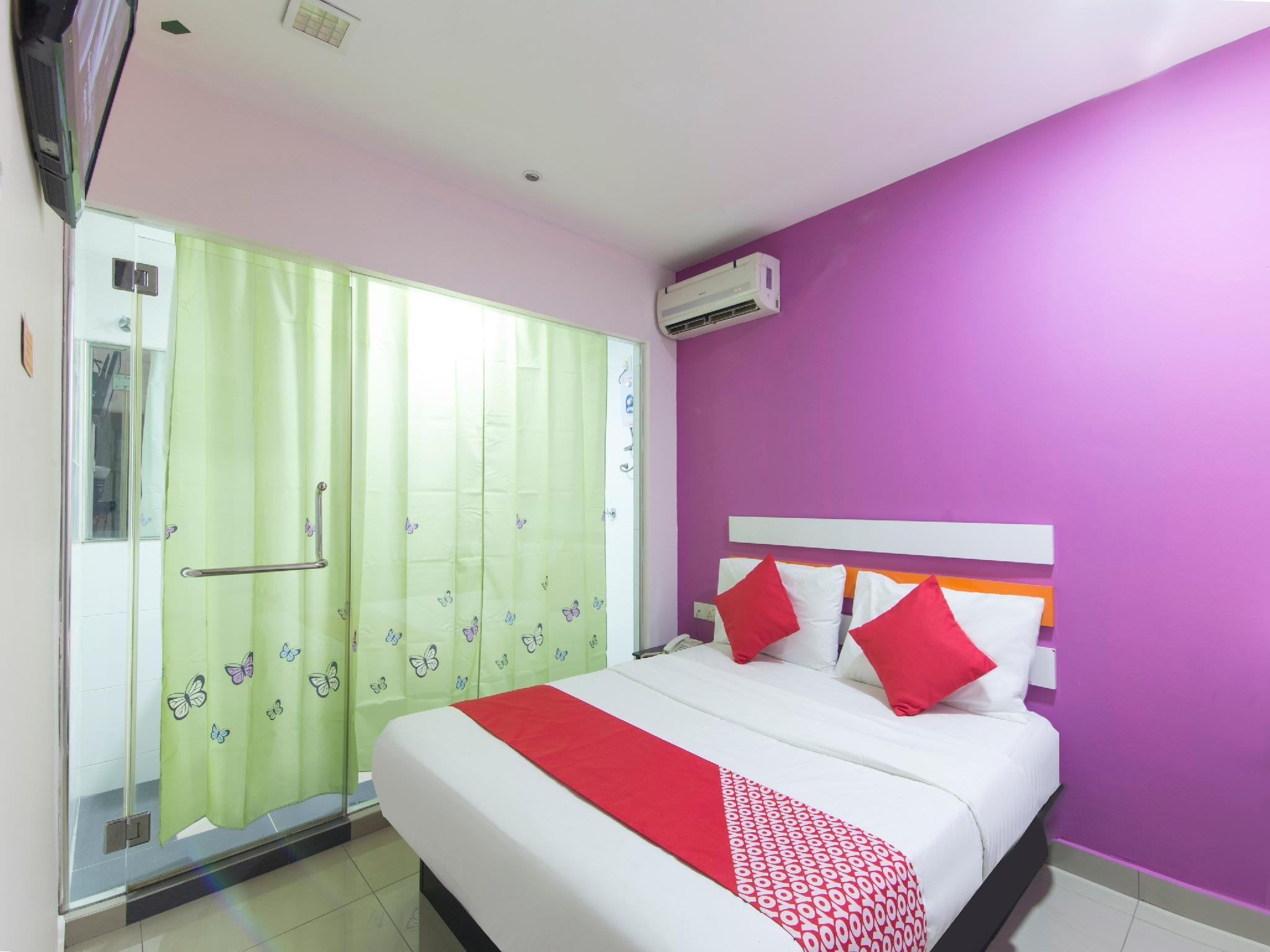OYO 950 Orange Hotel