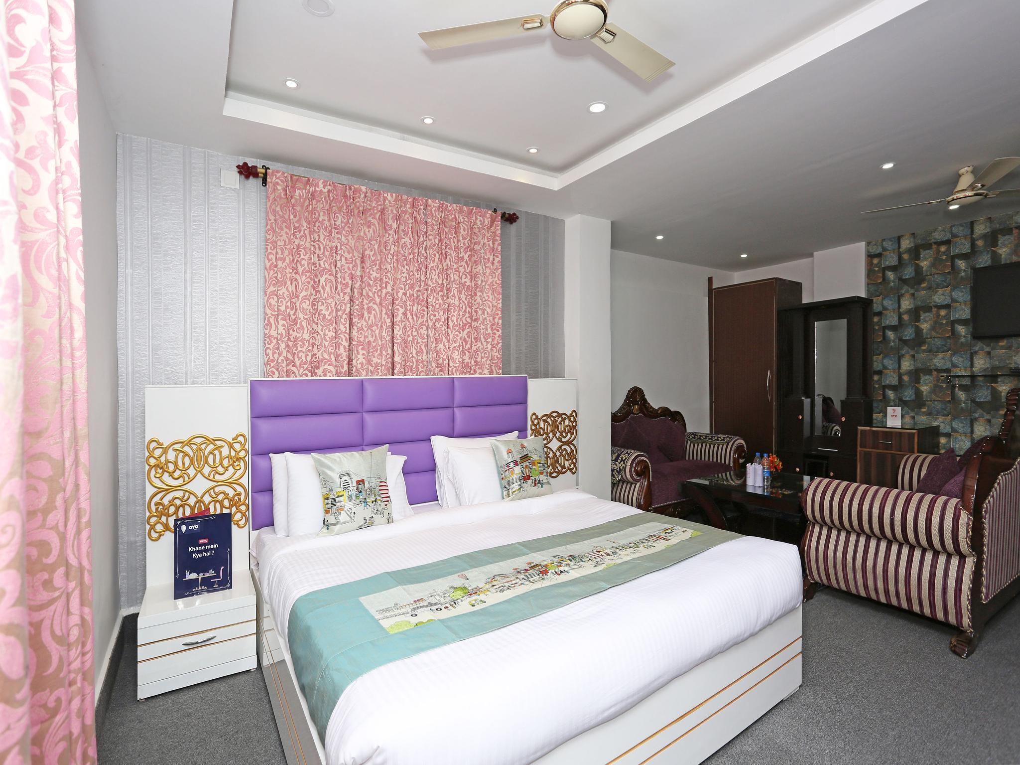 Capital O 9855 Hotel Royal Suites